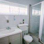 Room 1 bathroom